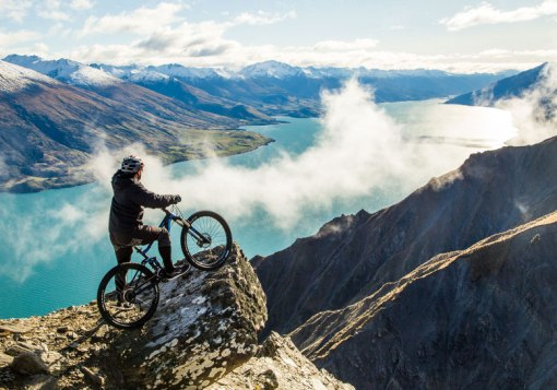 biking-down-mount-bourke-near-wanaka-new-zealand